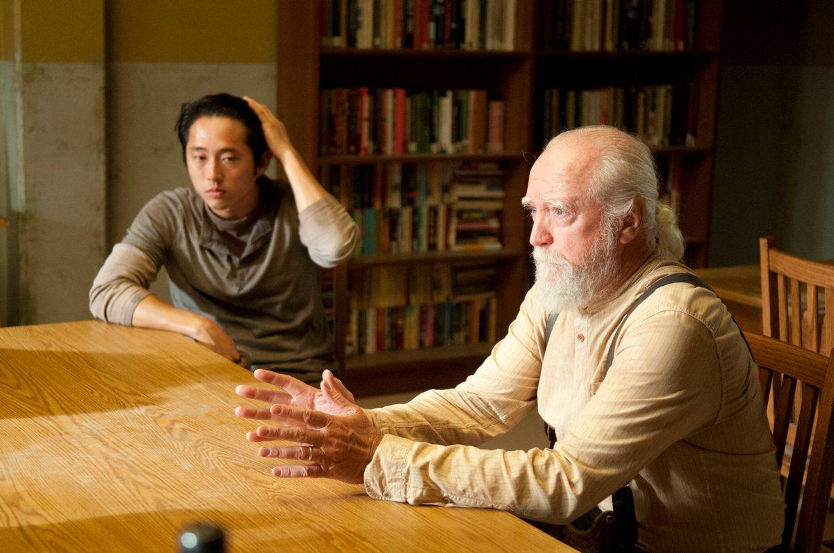Glenn og dýralæknirinn Hershel Greene í The Walking Dead